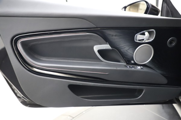 Used 2018 Aston Martin DB11 V12 for sale $159,990 at Rolls-Royce Motor Cars Greenwich in Greenwich CT 06830 15