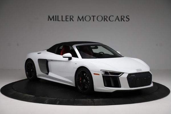 Used 2018 Audi R8 Spyder for sale $154,900 at Rolls-Royce Motor Cars Greenwich in Greenwich CT 06830 14