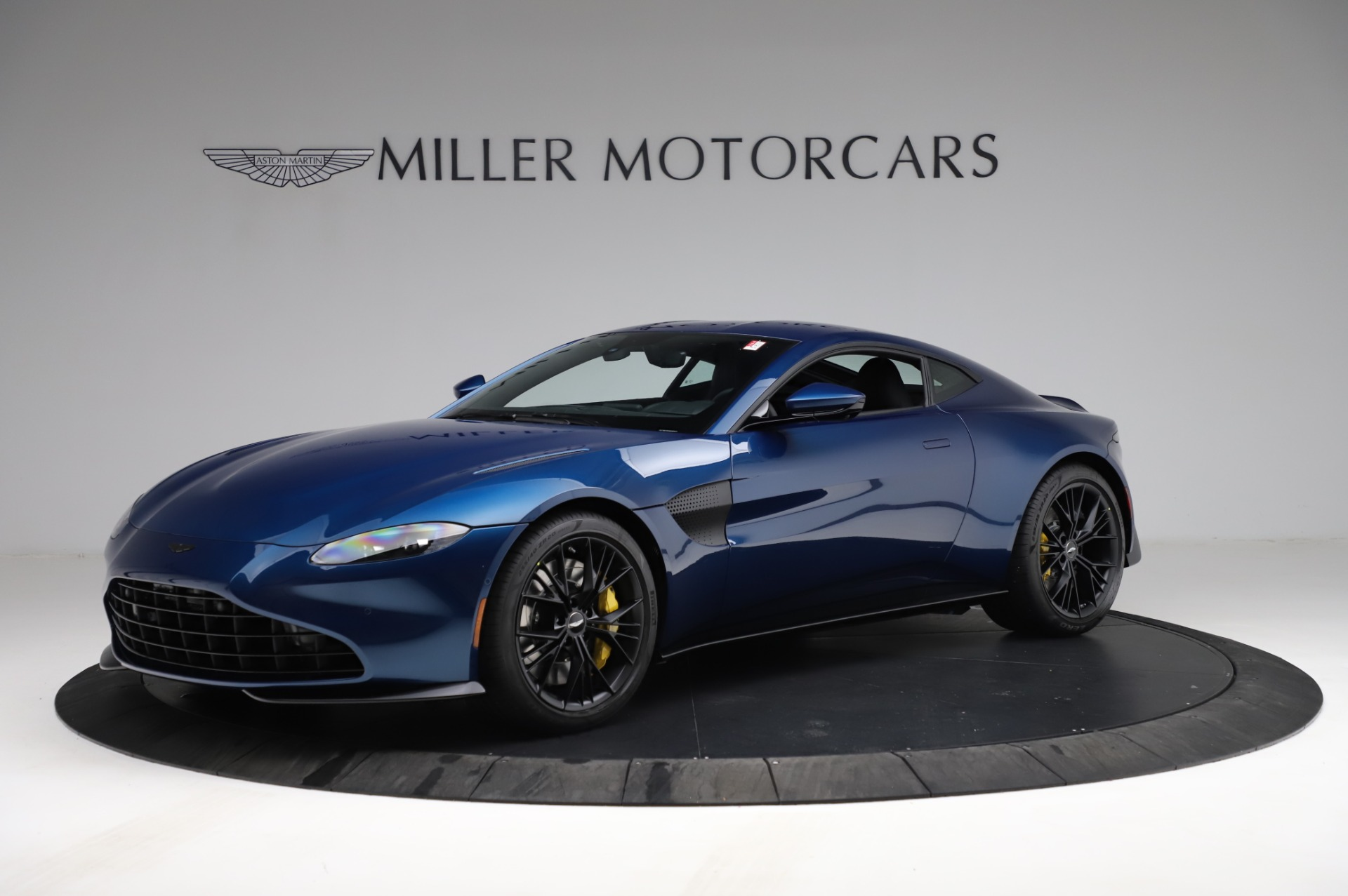 New 2021 Aston Martin Vantage Coupe for sale $179,386 at Rolls-Royce Motor Cars Greenwich in Greenwich CT 06830 1