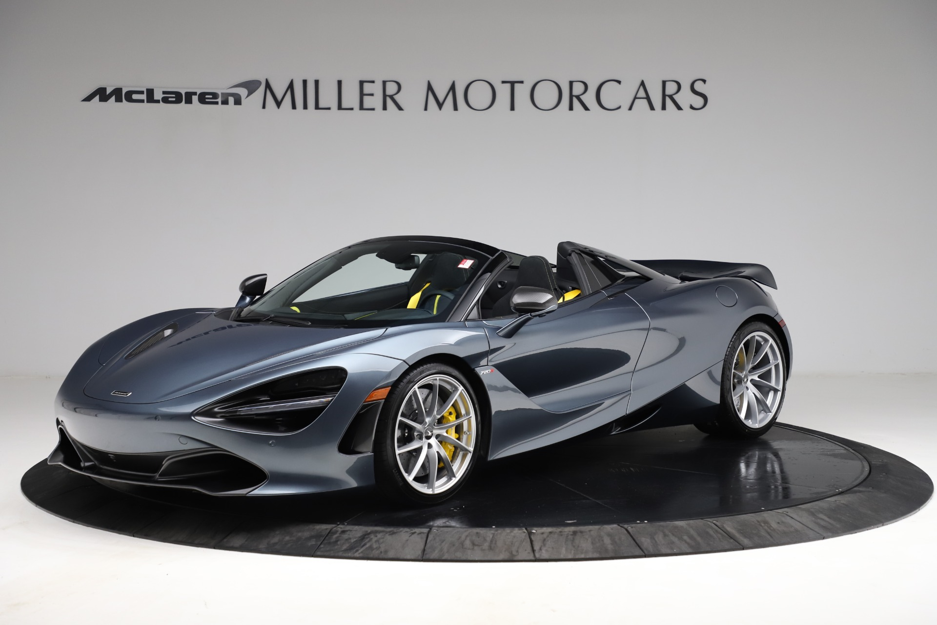 New 2021 McLaren 720S Spider for sale $351,450 at Rolls-Royce Motor Cars Greenwich in Greenwich CT 06830 1