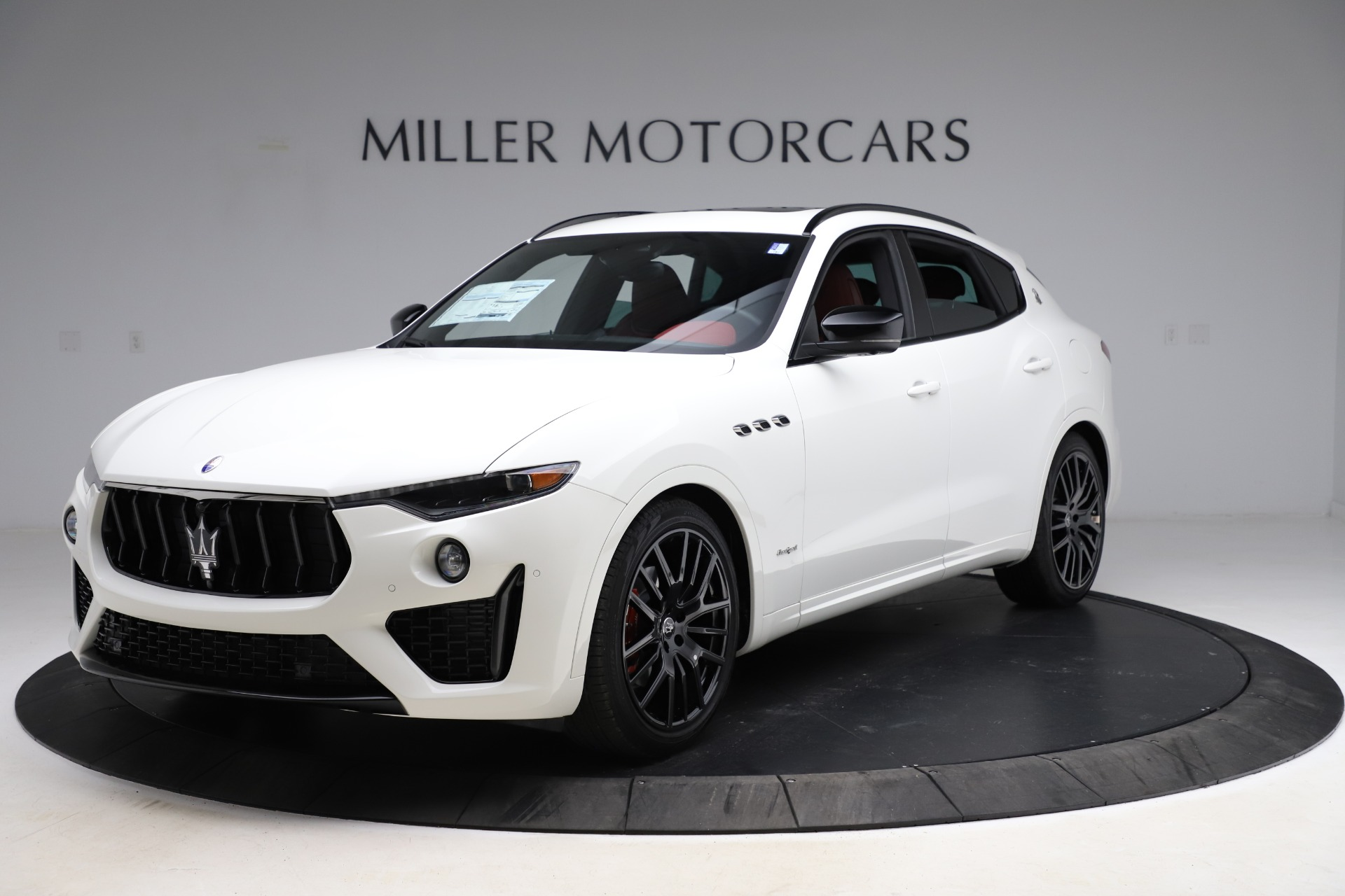 New 2021 Maserati Levante Q4 GranSport for sale $95,835 at Rolls-Royce Motor Cars Greenwich in Greenwich CT 06830 1