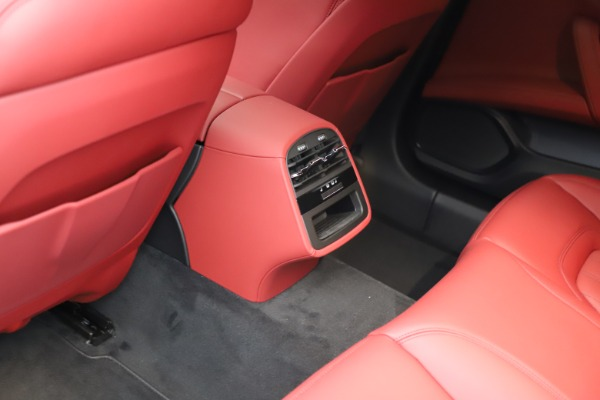 New 2021 Maserati Quattroporte S Q4 GranLusso for sale $122,435 at Rolls-Royce Motor Cars Greenwich in Greenwich CT 06830 19