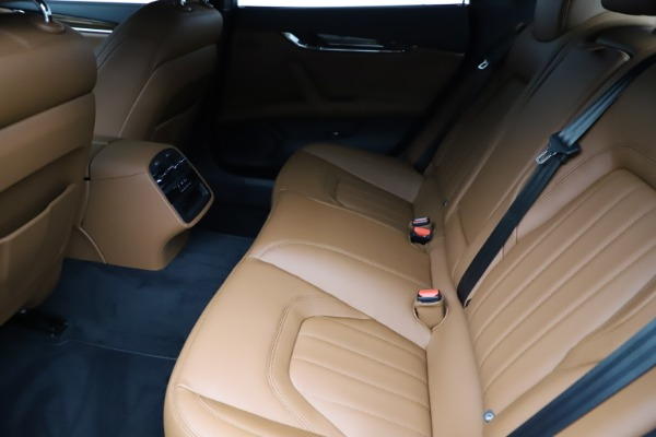 New 2021 Maserati Quattroporte S Q4 for sale Sold at Rolls-Royce Motor Cars Greenwich in Greenwich CT 06830 17