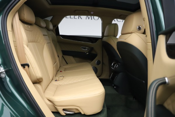 Used 2018 Bentley Bentayga W12 Signature for sale $159,900 at Rolls-Royce Motor Cars Greenwich in Greenwich CT 06830 28