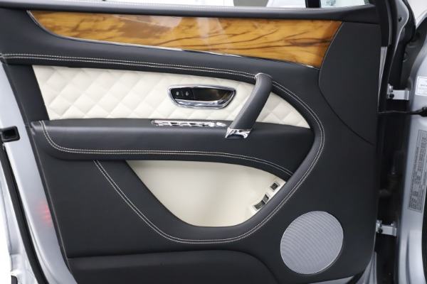 Used 2018 Bentley Bentayga Activity Edition for sale $152,900 at Rolls-Royce Motor Cars Greenwich in Greenwich CT 06830 16