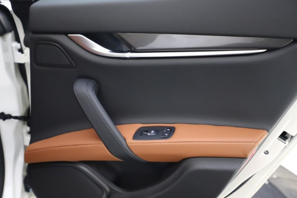 New 2021 Maserati Ghibli S Q4 for sale $85,754 at Rolls-Royce Motor Cars Greenwich in Greenwich CT 06830 22