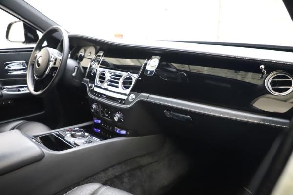 Used 2018 Rolls-Royce Ghost for sale $249,900 at Rolls-Royce Motor Cars Greenwich in Greenwich CT 06830 13