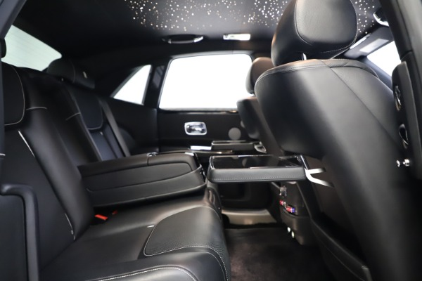 Used 2018 Rolls-Royce Ghost for sale $249,900 at Rolls-Royce Motor Cars Greenwich in Greenwich CT 06830 24