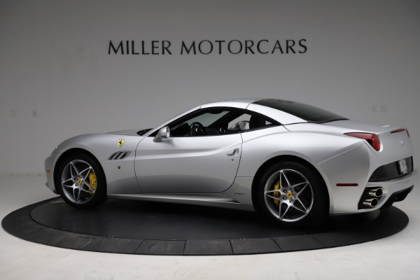 Used 2010 Ferrari California for sale $114,900 at Rolls-Royce Motor Cars Greenwich in Greenwich CT 06830 17