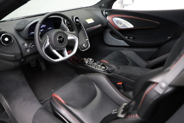 New 2021 McLaren GT Pioneer for sale $214,005 at Rolls-Royce Motor Cars Greenwich in Greenwich CT 06830 15