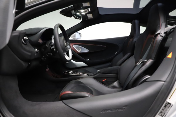 New 2021 McLaren GT Pioneer for sale $214,005 at Rolls-Royce Motor Cars Greenwich in Greenwich CT 06830 16