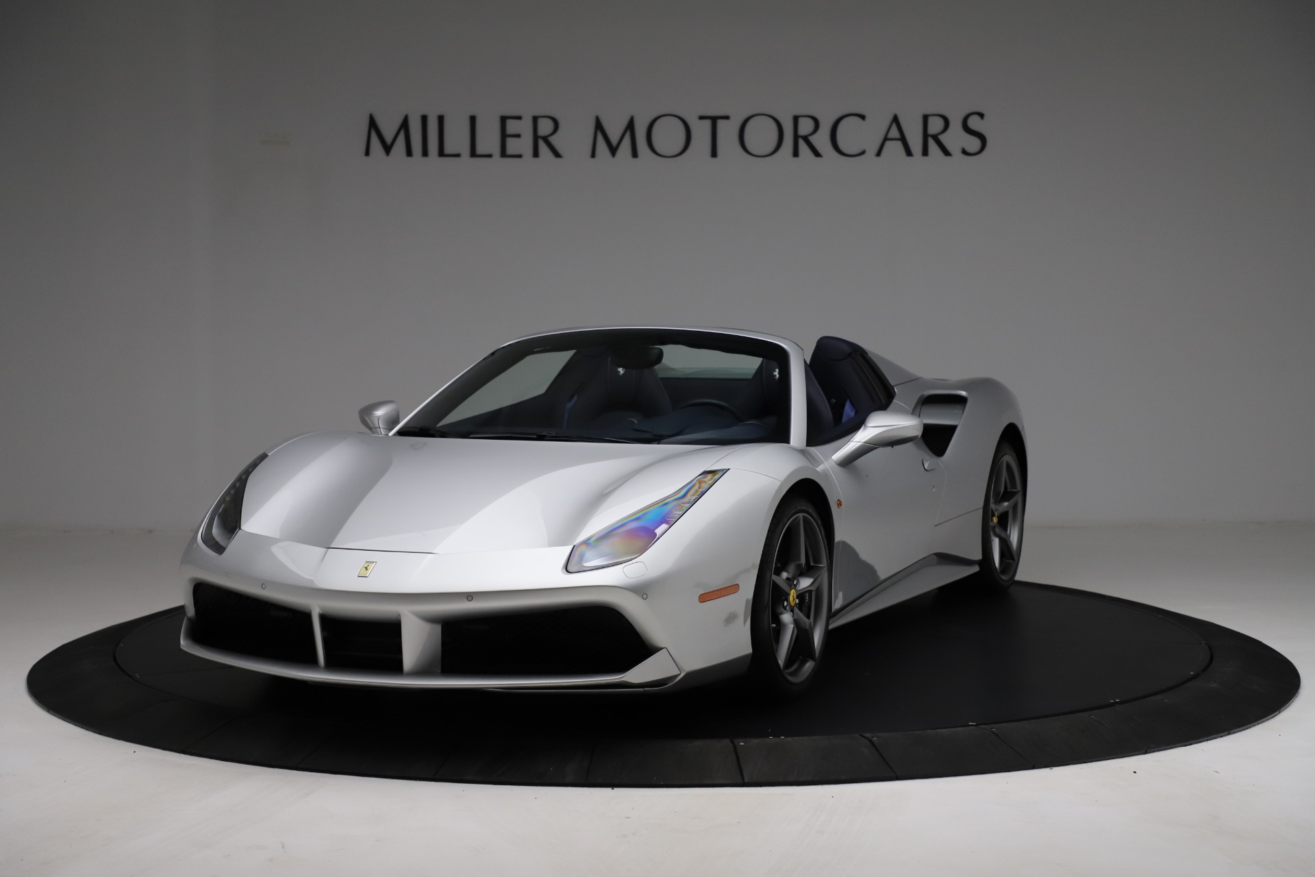 Used 2017 Ferrari 488 Spider for sale $284,900 at Rolls-Royce Motor Cars Greenwich in Greenwich CT 06830 1