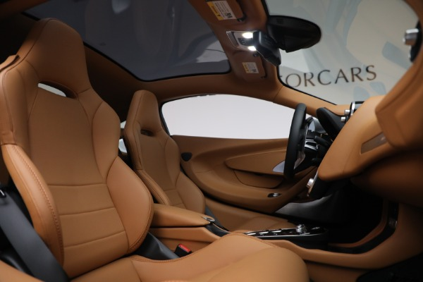 Used 2021 McLaren GT LUXE for sale Call for price at Rolls-Royce Motor Cars Greenwich in Greenwich CT 06830 25