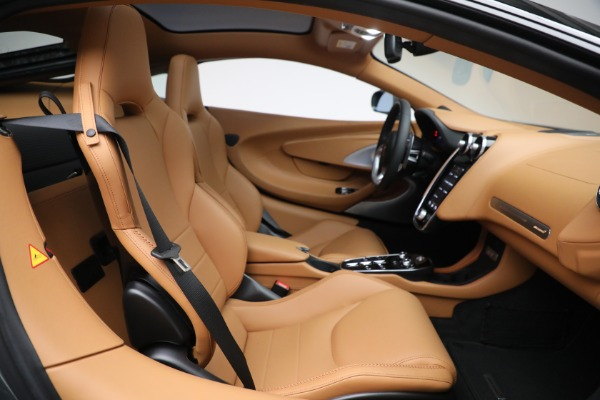 Used 2021 McLaren GT LUXE for sale Call for price at Rolls-Royce Motor Cars Greenwich in Greenwich CT 06830 26