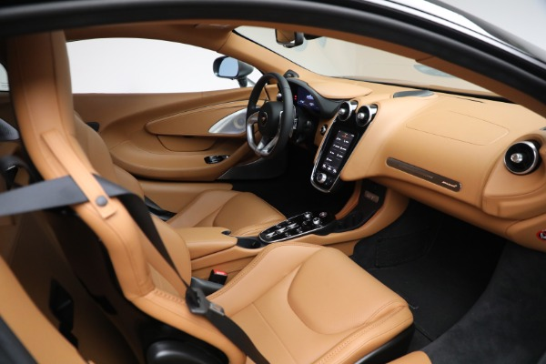 Used 2021 McLaren GT LUXE for sale Call for price at Rolls-Royce Motor Cars Greenwich in Greenwich CT 06830 27