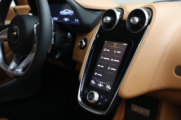 Used 2021 McLaren GT LUXE for sale Call for price at Rolls-Royce Motor Cars Greenwich in Greenwich CT 06830 28