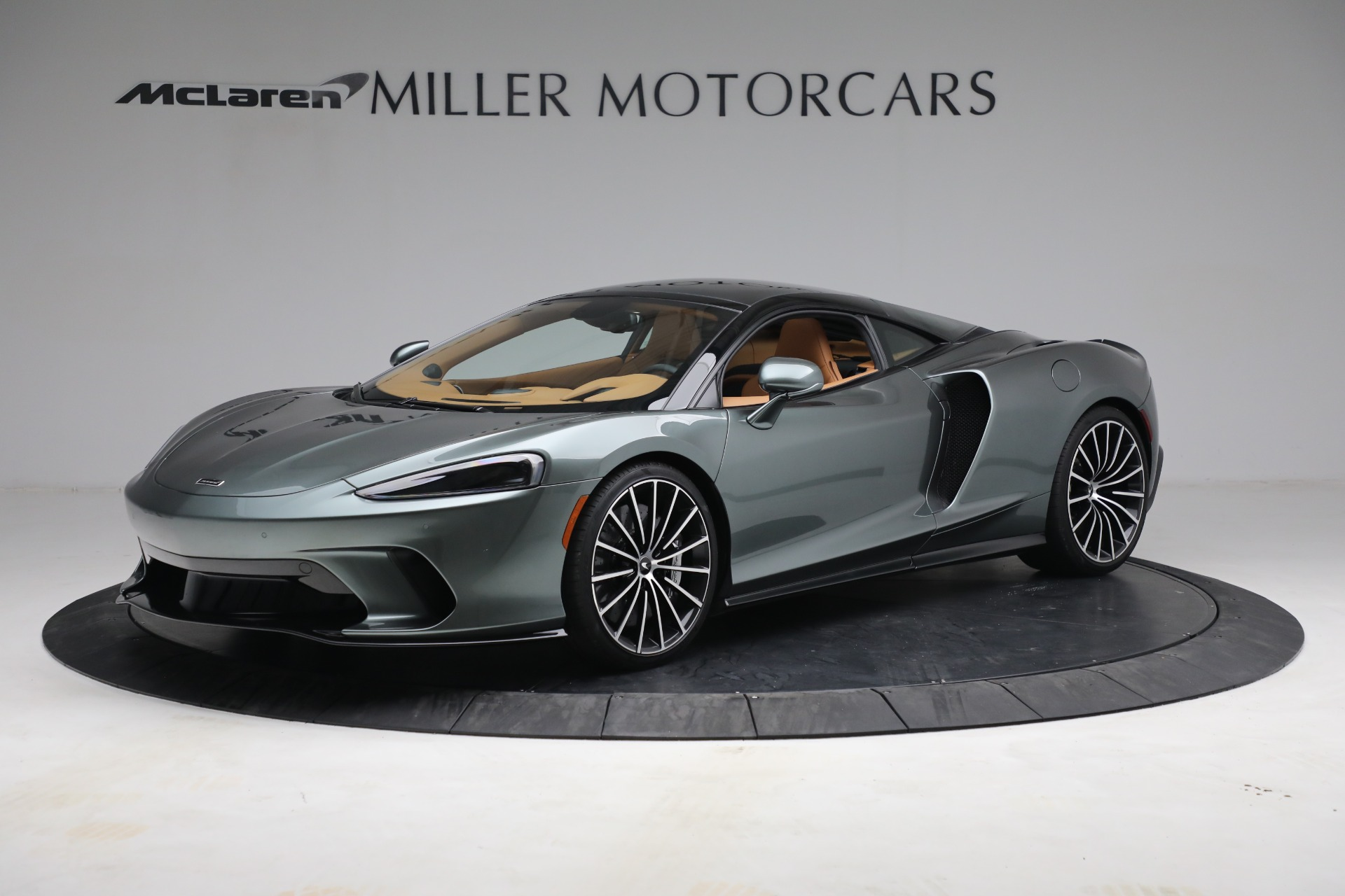 New 2021 McLaren GT LUXE for sale $214,005 at Rolls-Royce Motor Cars Greenwich in Greenwich CT 06830 1