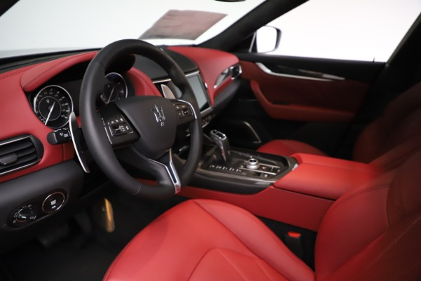 New 2021 Maserati Levante S Q4 GranLusso for sale $105,549 at Rolls-Royce Motor Cars Greenwich in Greenwich CT 06830 13