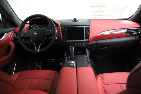 New 2021 Maserati Levante Q4 GranSport for sale $96,235 at Rolls-Royce Motor Cars Greenwich in Greenwich CT 06830 15
