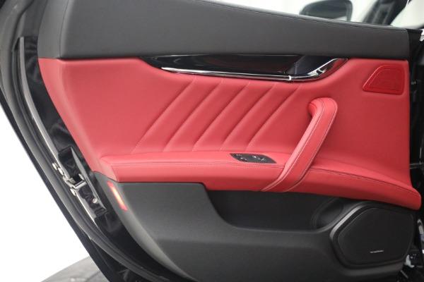 New 2021 Maserati Quattroporte S Q4 for sale $119,589 at Rolls-Royce Motor Cars Greenwich in Greenwich CT 06830 26