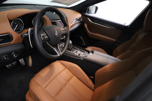 New 2021 Maserati Levante Q4 GranSport for sale $91,385 at Rolls-Royce Motor Cars Greenwich in Greenwich CT 06830 14