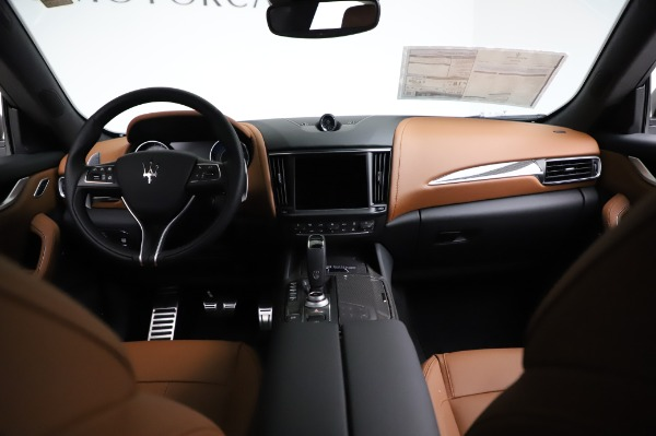 New 2021 Maserati Levante Q4 GranSport for sale $91,385 at Rolls-Royce Motor Cars Greenwich in Greenwich CT 06830 17