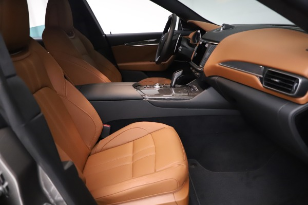 New 2021 Maserati Levante Q4 GranSport for sale $91,385 at Rolls-Royce Motor Cars Greenwich in Greenwich CT 06830 23