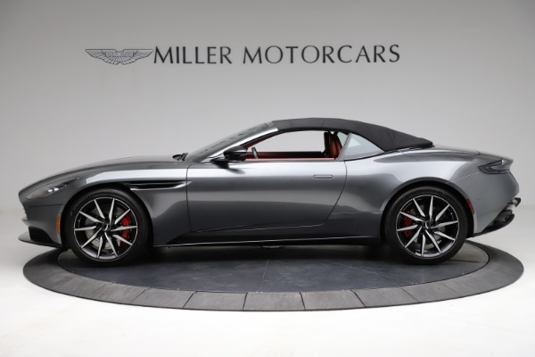 Used 2019 Aston Martin DB11 Volante for sale $211,990 at Rolls-Royce Motor Cars Greenwich in Greenwich CT 06830 23