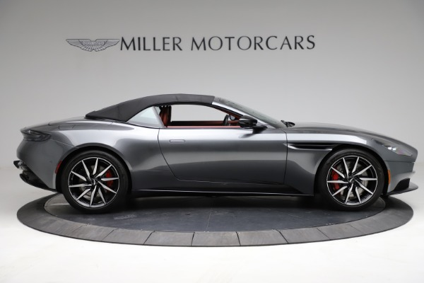 Used 2019 Aston Martin DB11 Volante for sale $211,990 at Rolls-Royce Motor Cars Greenwich in Greenwich CT 06830 26