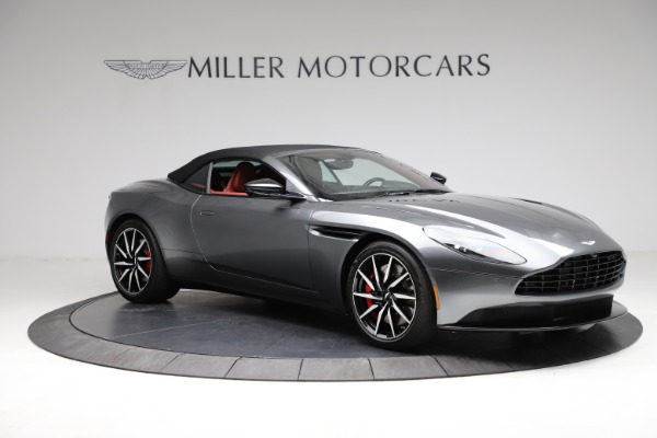 Used 2019 Aston Martin DB11 Volante for sale $211,990 at Rolls-Royce Motor Cars Greenwich in Greenwich CT 06830 27