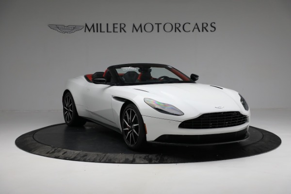 Used 2019 Aston Martin DB11 Volante for sale $209,990 at Rolls-Royce Motor Cars Greenwich in Greenwich CT 06830 10