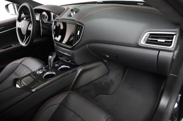 New 2021 Maserati Ghibli S Q4 GranSport for sale Sold at Rolls-Royce Motor Cars Greenwich in Greenwich CT 06830 24