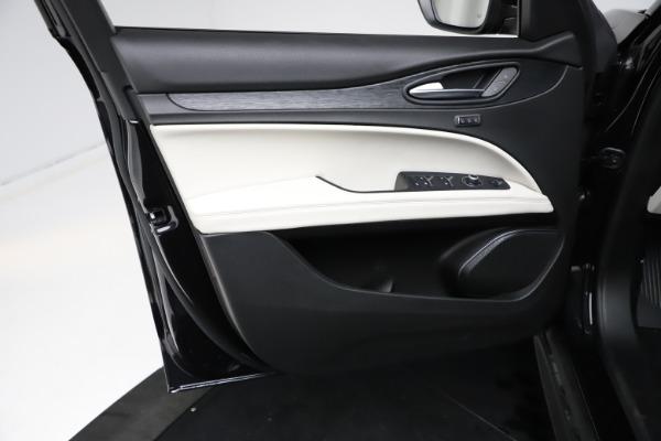 New 2021 Alfa Romeo Stelvio Q4 for sale $50,245 at Rolls-Royce Motor Cars Greenwich in Greenwich CT 06830 17
