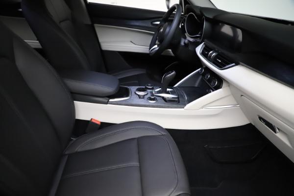 New 2021 Alfa Romeo Stelvio Q4 for sale $50,245 at Rolls-Royce Motor Cars Greenwich in Greenwich CT 06830 23