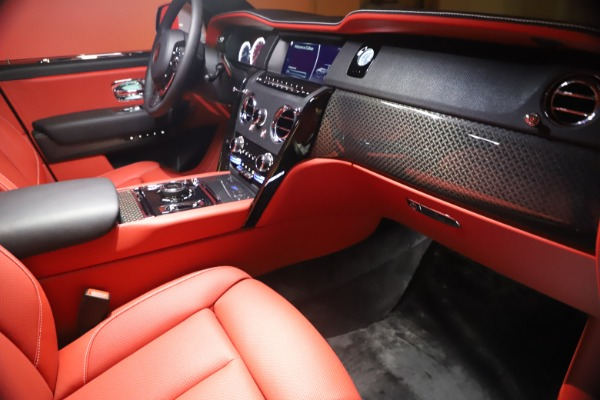 New 2021 Rolls-Royce Cullinan Black Badge for sale Sold at Rolls-Royce Motor Cars Greenwich in Greenwich CT 06830 25