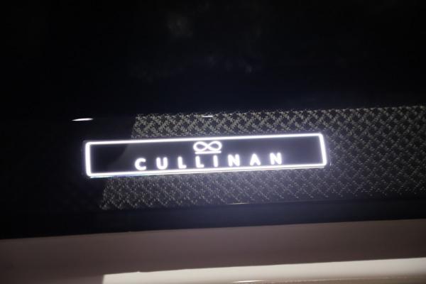 New 2021 Rolls-Royce Cullinan Black Badge for sale Sold at Rolls-Royce Motor Cars Greenwich in Greenwich CT 06830 28