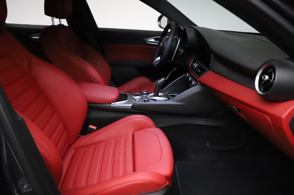 New 2021 Alfa Romeo Giulia Ti Sport for sale $54,050 at Rolls-Royce Motor Cars Greenwich in Greenwich CT 06830 22