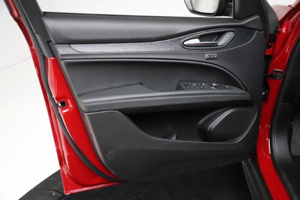 New 2021 Alfa Romeo Stelvio Sprint for sale $50,535 at Rolls-Royce Motor Cars Greenwich in Greenwich CT 06830 18