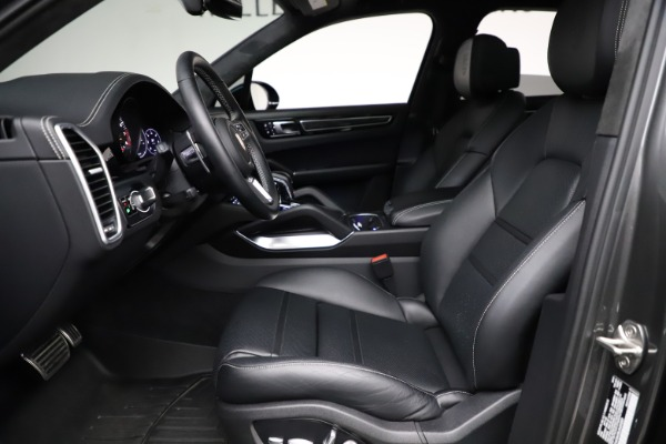 Used 2020 Porsche Cayenne Turbo for sale $145,900 at Rolls-Royce Motor Cars Greenwich in Greenwich CT 06830 19