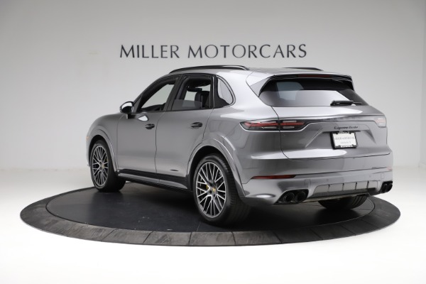 Used 2020 Porsche Cayenne Turbo for sale $145,900 at Rolls-Royce Motor Cars Greenwich in Greenwich CT 06830 5