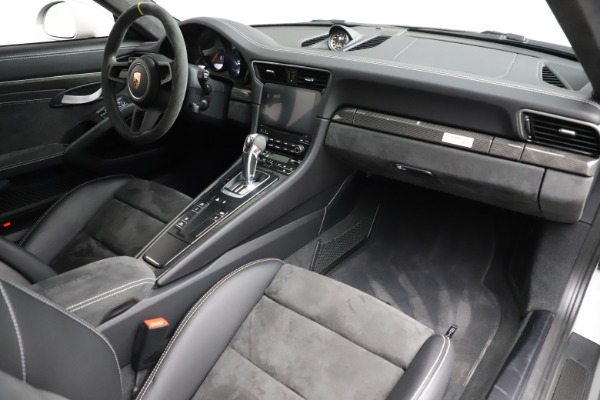 Used 2019 Porsche 911 GT3 RS for sale $249,900 at Rolls-Royce Motor Cars Greenwich in Greenwich CT 06830 17