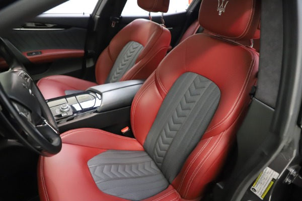 Used 2018 Maserati Ghibli SQ4 GranLusso for sale $55,900 at Rolls-Royce Motor Cars Greenwich in Greenwich CT 06830 10