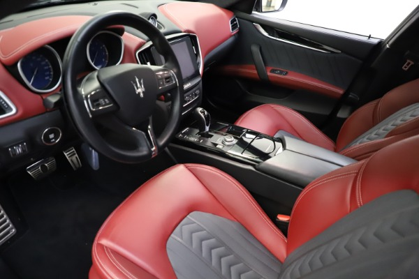 Used 2018 Maserati Ghibli SQ4 GranLusso for sale $55,900 at Rolls-Royce Motor Cars Greenwich in Greenwich CT 06830 8
