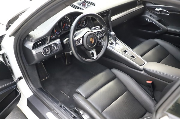 Used 2018 Porsche 911 Turbo for sale $159,990 at Rolls-Royce Motor Cars Greenwich in Greenwich CT 06830 17