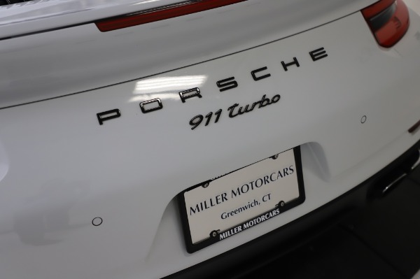 Used 2018 Porsche 911 Turbo for sale $159,990 at Rolls-Royce Motor Cars Greenwich in Greenwich CT 06830 27