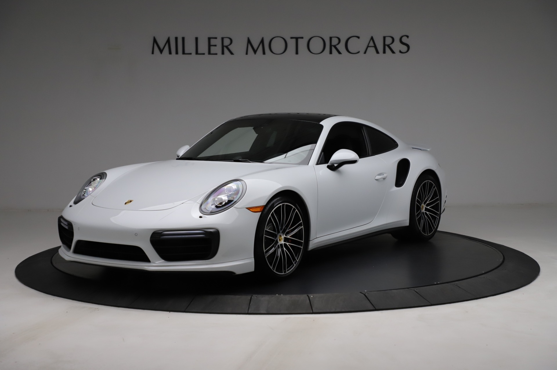 Used 2018 Porsche 911 Turbo for sale $159,990 at Rolls-Royce Motor Cars Greenwich in Greenwich CT 06830 1