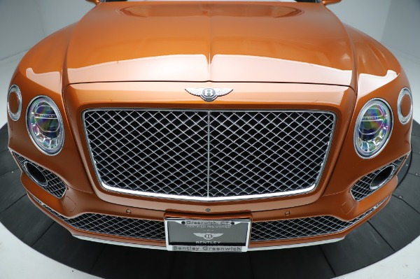 Used 2018 Bentley Bentayga Onyx Edition for sale $149,900 at Rolls-Royce Motor Cars Greenwich in Greenwich CT 06830 13