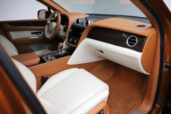 Used 2018 Bentley Bentayga Onyx Edition for sale $149,900 at Rolls-Royce Motor Cars Greenwich in Greenwich CT 06830 25