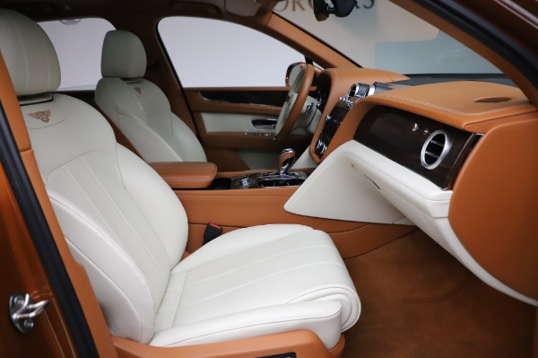 Used 2018 Bentley Bentayga Onyx Edition for sale $149,900 at Rolls-Royce Motor Cars Greenwich in Greenwich CT 06830 26