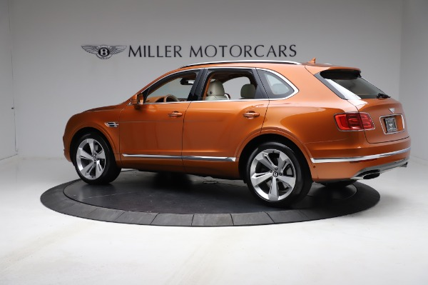 Used 2018 Bentley Bentayga Onyx Edition for sale $149,900 at Rolls-Royce Motor Cars Greenwich in Greenwich CT 06830 4